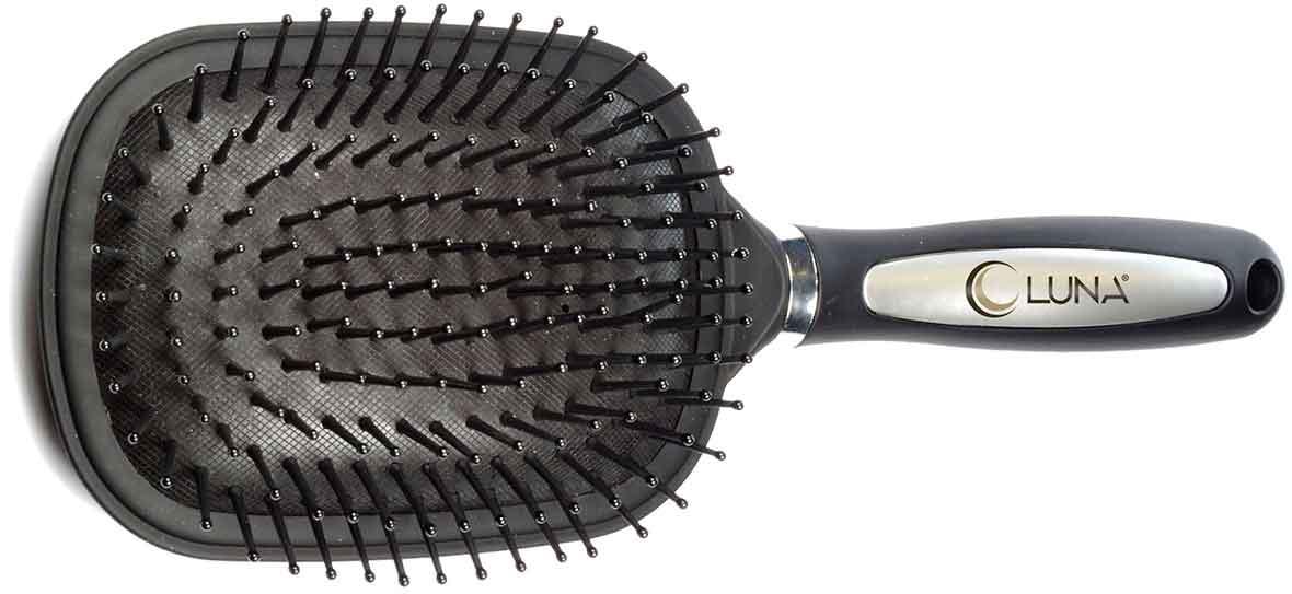 מברשת שיער גדולה עם קצוות מעוגליםתמונה של